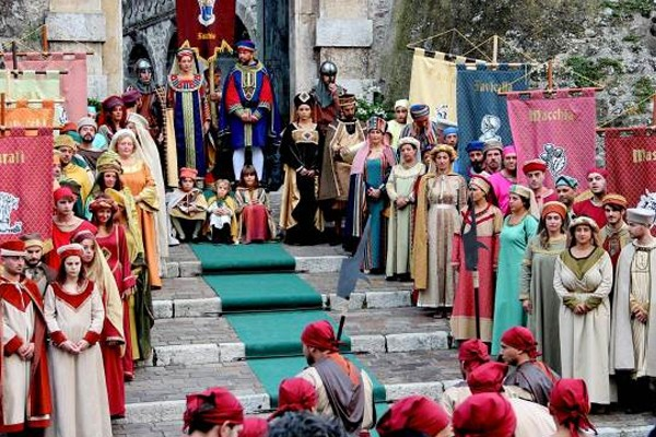 Medievalia a Faicchio